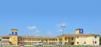 Hotel - Americas Best Value Inn & Suites Tomball