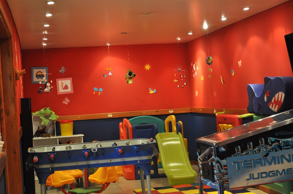 푸에르토 피레오(Puerto Pireo) Hotel Image 23 - Childrens Play Area - Indoor