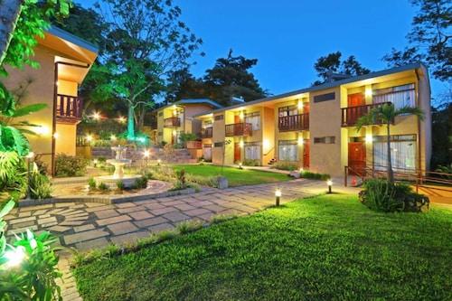 . Monteverde Country Lodge