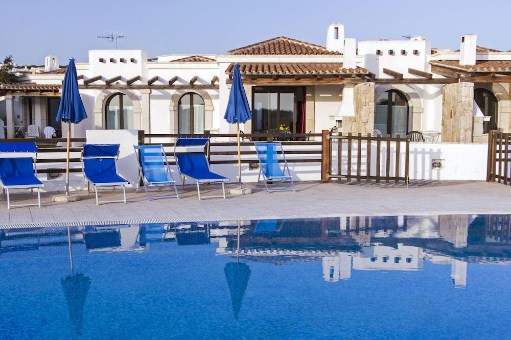비스타 블루 리조트(Vista Blu Resort) Hotel Image 1 - Pool