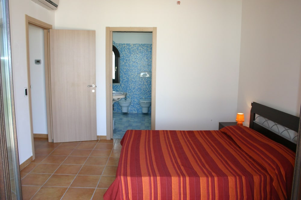 비스타 블루 리조트(Vista Blu Resort) Hotel Image 11 - Guestroom
