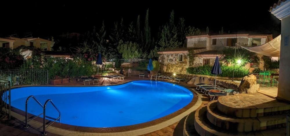 레지던스 보우간빌리지(Residence Bouganvillage) Hotel Image 1 - Pool