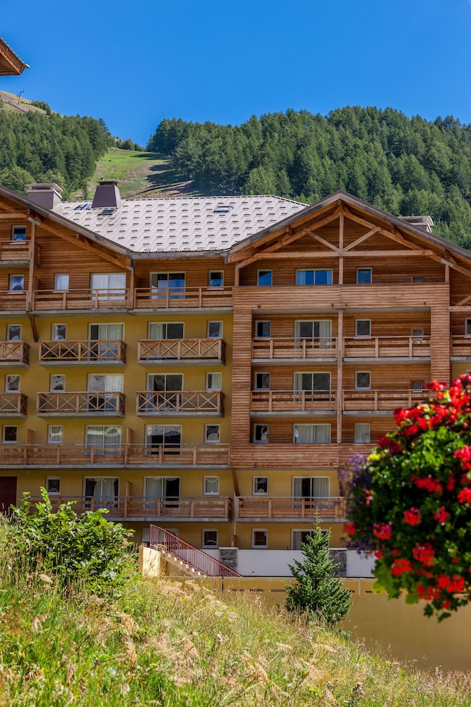 레지던스 레 시메 뒤 발 달로(Résidence Les Cimes du Val d'Allos) Hotel Image 31 - Hotel Front