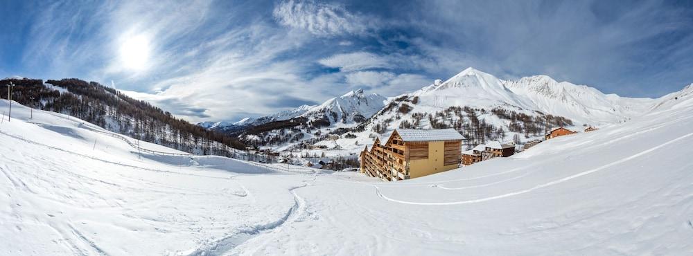 레지던스 레 시메 뒤 발 달로(Résidence Les Cimes du Val d'Allos) Hotel Image 29 - Hotel Front
