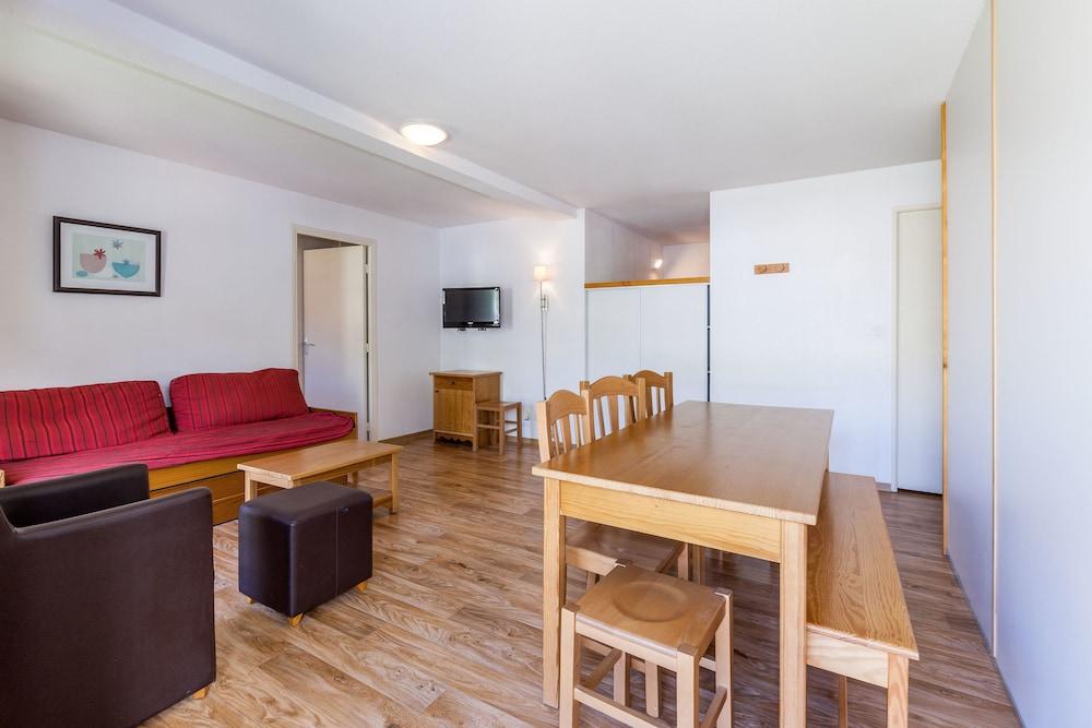 레지던스 레 시메 뒤 발 달로(Résidence Les Cimes du Val d'Allos) Hotel Image 8 - In-Room Dining