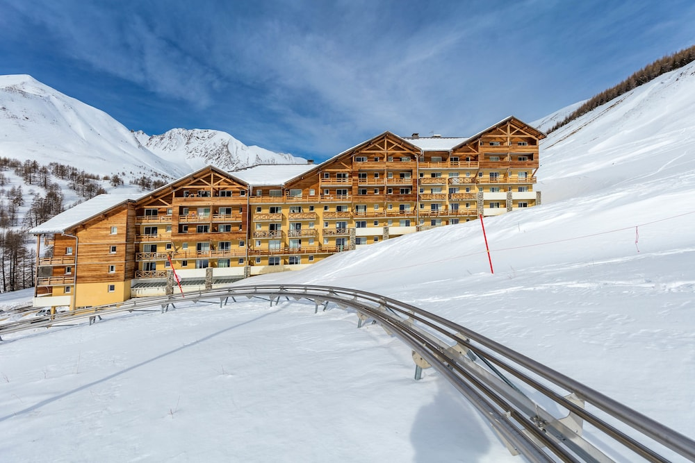레지던스 레 시메 뒤 발 달로(Résidence Les Cimes du Val d'Allos) Hotel Image 28 - Hotel Front