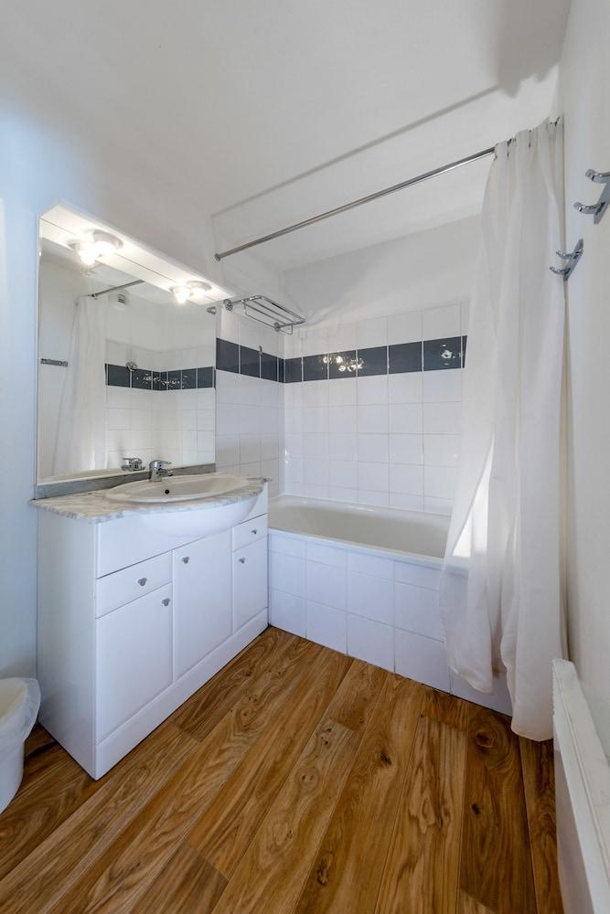 레지던스 레 시메 뒤 발 달로(Résidence Les Cimes du Val d'Allos) Hotel Image 17 - Bathroom