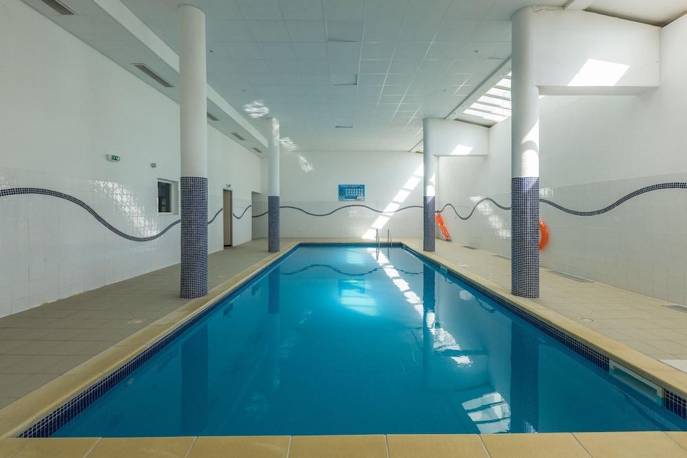 레지던스 레 시메 뒤 발 달로(Résidence Les Cimes du Val d'Allos) Hotel Image 19 - Indoor Pool