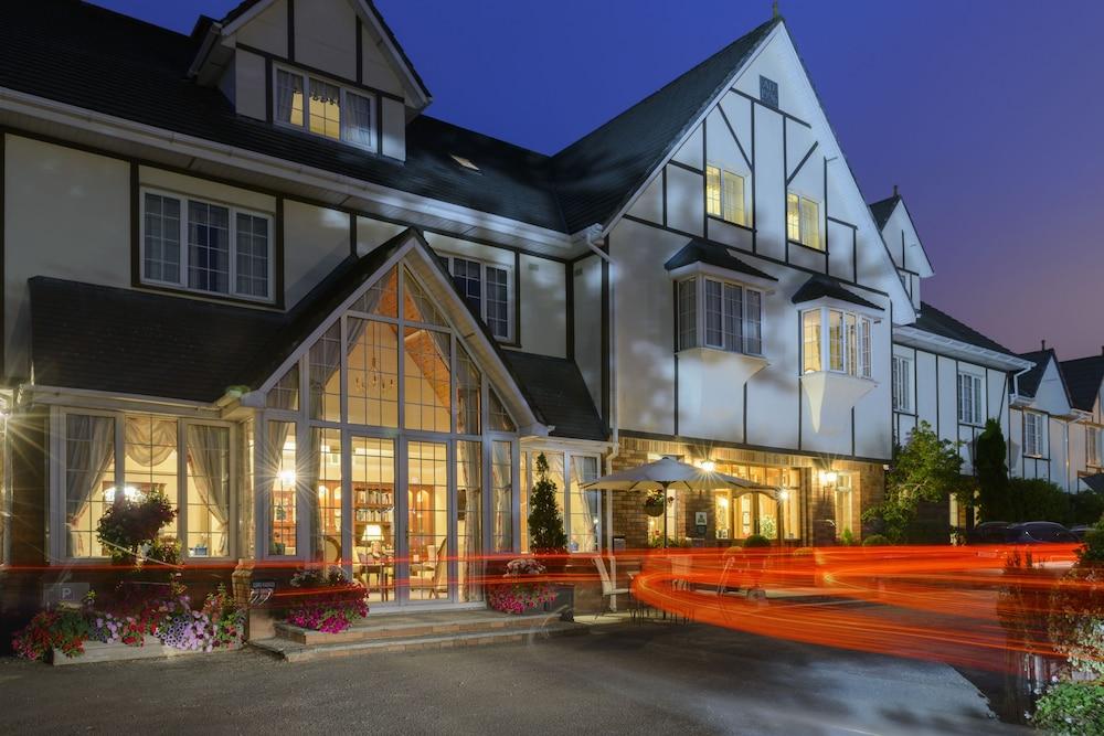 올드 위어 로지(Old Weir Lodge) Hotel Image 39 - Hotel Front - Evening/Night