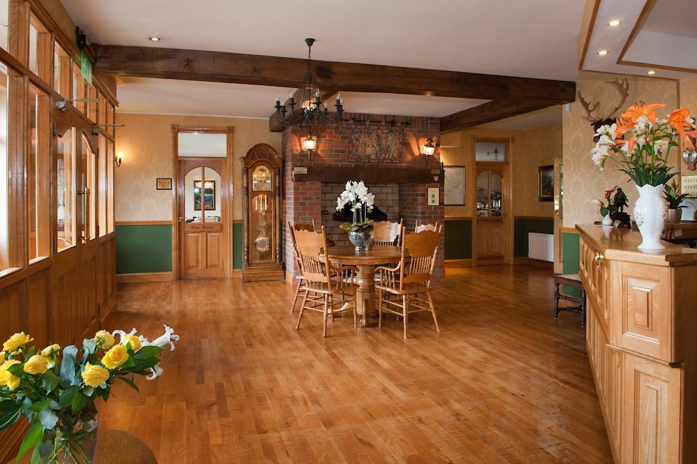올드 위어 로지(Old Weir Lodge) Hotel Image 3 - Lobby Lounge