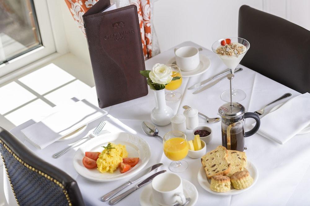 올드 위어 로지(Old Weir Lodge) Hotel Image 27 - Food and Drink