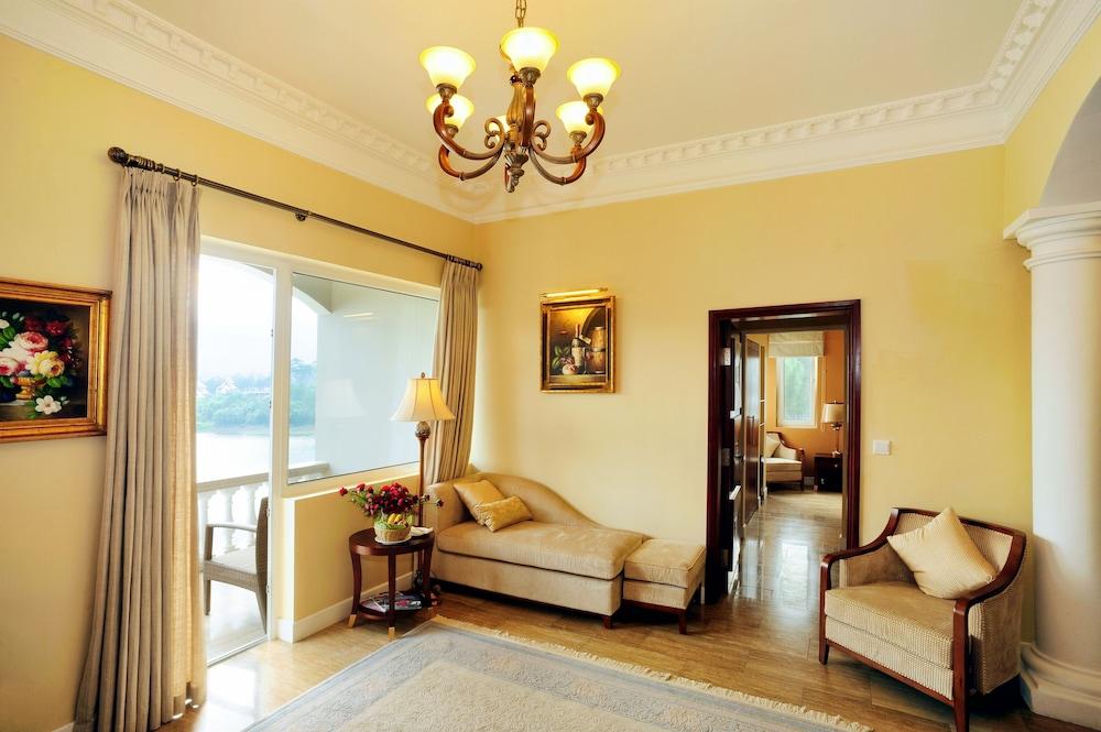 달랏 에덴시 레이크 리조트 & 스파(Dalat Edensee Lake Resort & Spa) Hotel Image 30 - Guestroom View