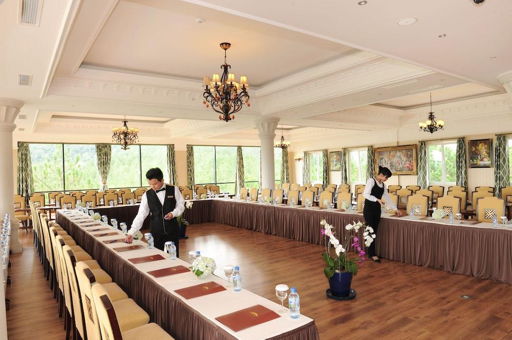 달랏 에덴시 레이크 리조트 & 스파(Dalat Edensee Lake Resort & Spa) Hotel Image 90 - Meeting Facility