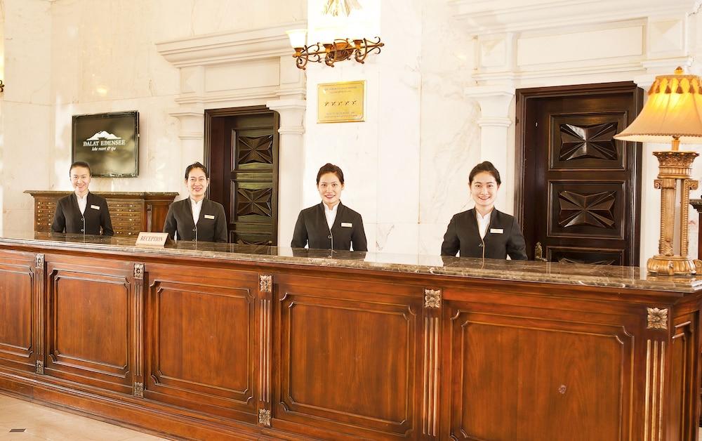 달랏 에덴시 레이크 리조트 & 스파(Dalat Edensee Lake Resort & Spa) Hotel Image 4 - Reception
