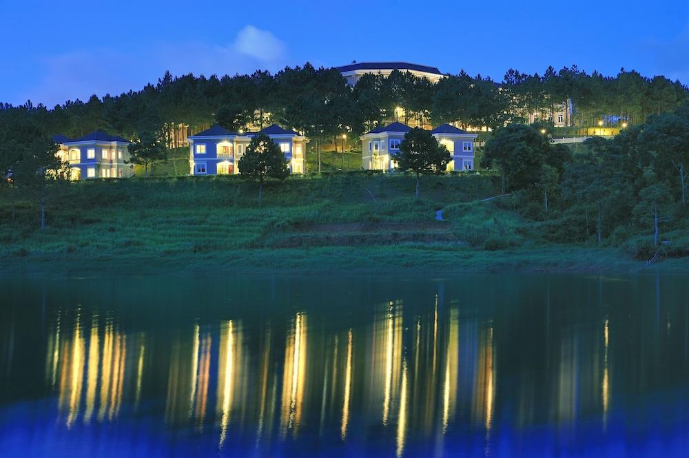 달랏 에덴시 레이크 리조트 & 스파(Dalat Edensee Lake Resort & Spa) Hotel Image 3 - View from Hotel