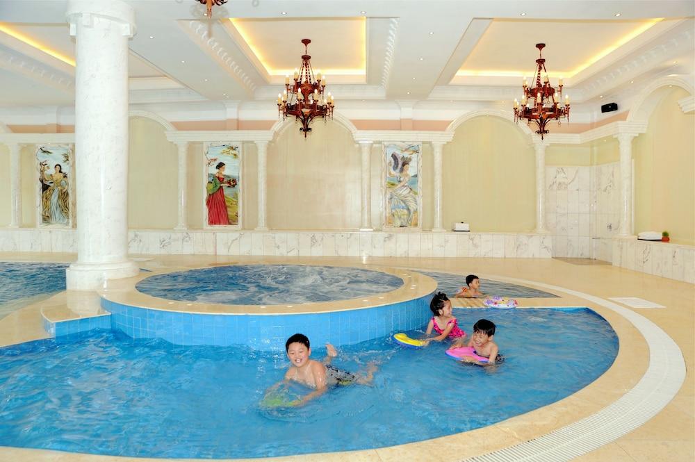 달랏 에덴시 레이크 리조트 & 스파(Dalat Edensee Lake Resort & Spa) Hotel Image 44 - Childrens Pool