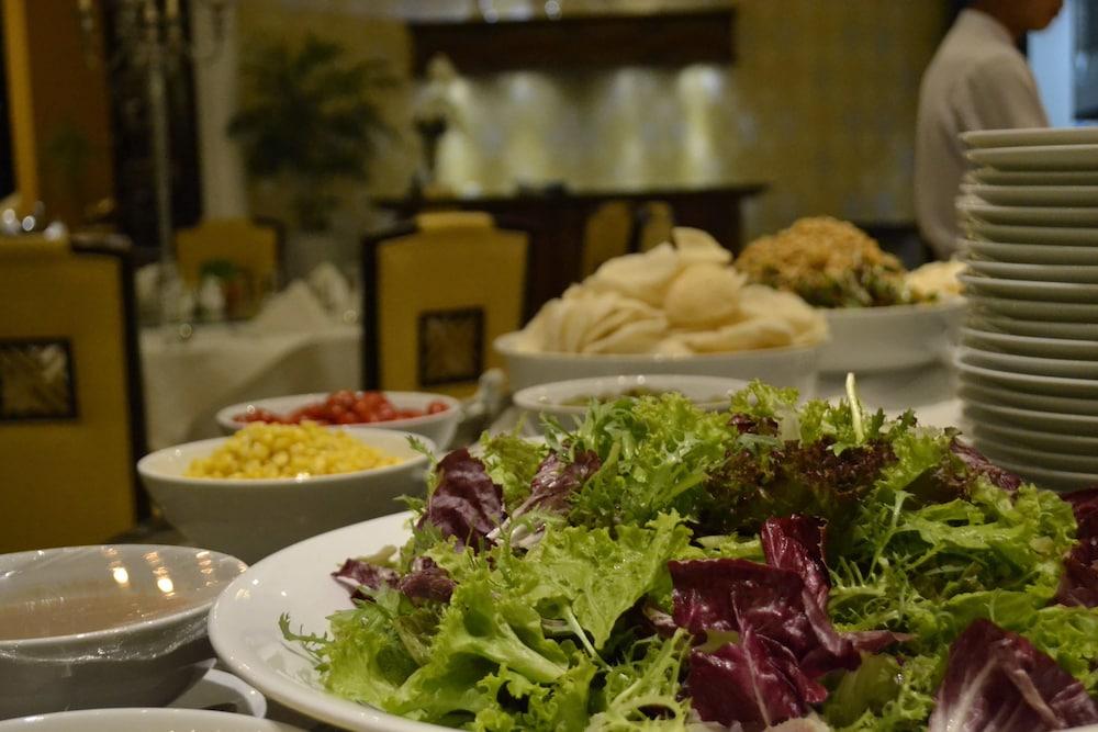 달랏 에덴시 레이크 리조트 & 스파(Dalat Edensee Lake Resort & Spa) Hotel Image 72 - Buffet
