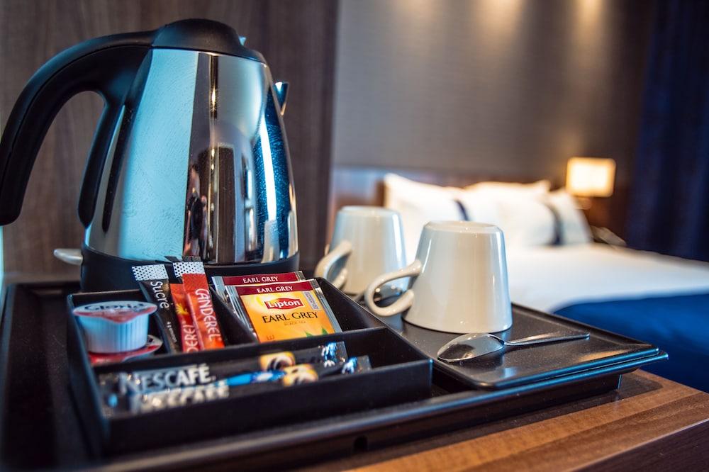 홀리데이 인 익스프레스 스타스부르크-수드(Holiday Inn Express Strasbourg - Sud) Hotel Image 41 - In-Room Amenity