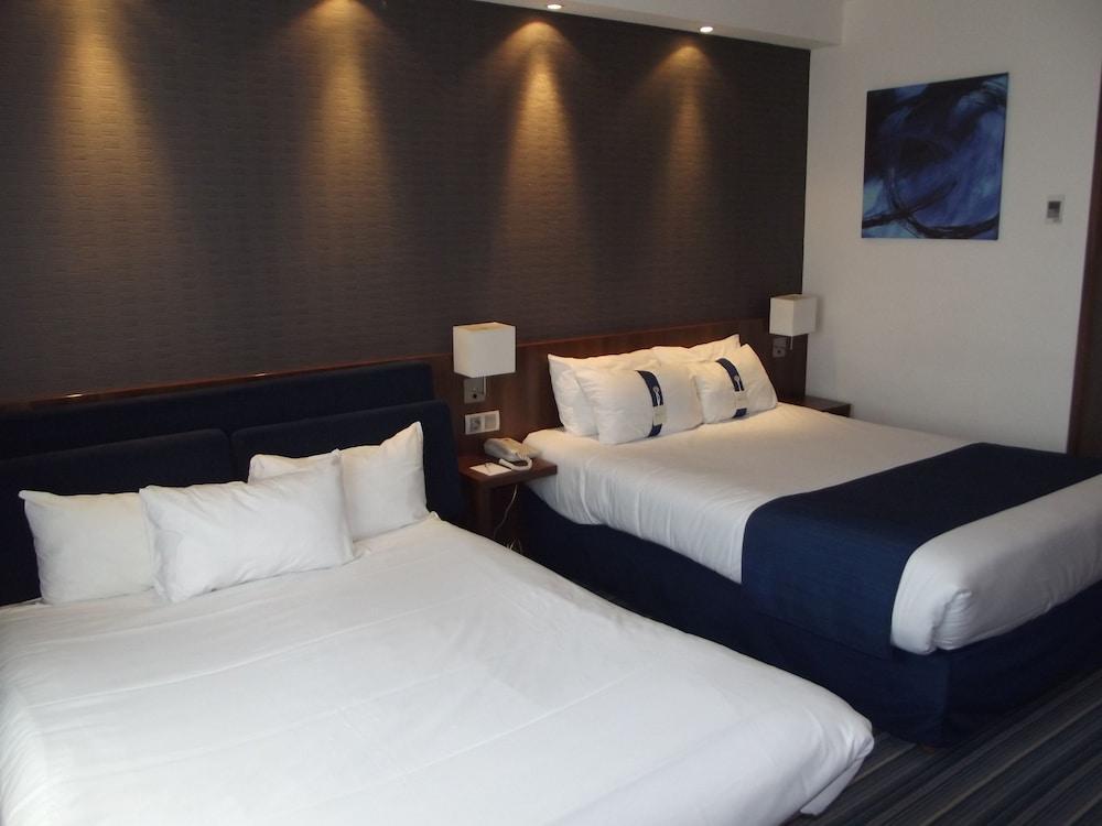 홀리데이 인 익스프레스 스타스부르크-수드(Holiday Inn Express Strasbourg - Sud) Hotel Image 7 - Guestroom