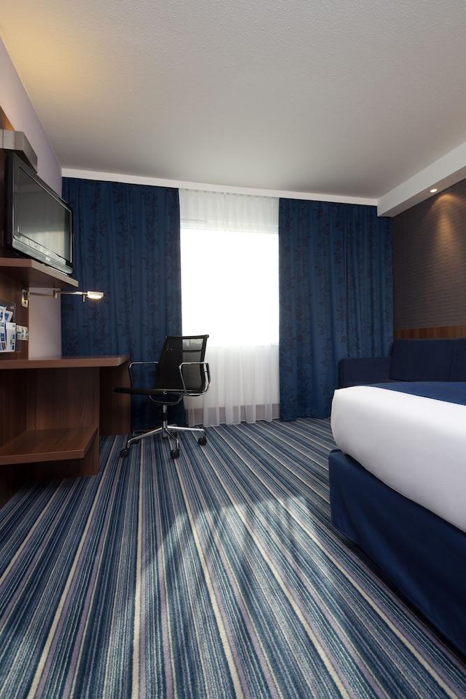 홀리데이 인 익스프레스 스타스부르크-수드(Holiday Inn Express Strasbourg - Sud) Hotel Image 27 - Guestroom