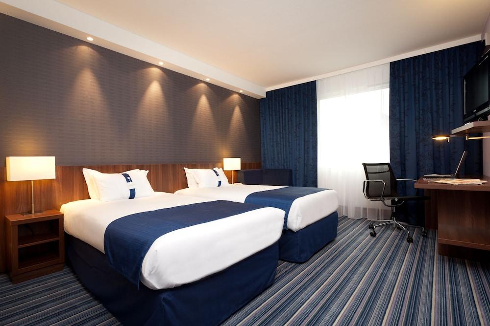 홀리데이 인 익스프레스 스타스부르크-수드(Holiday Inn Express Strasbourg - Sud) Hotel Image 18 - Guestroom