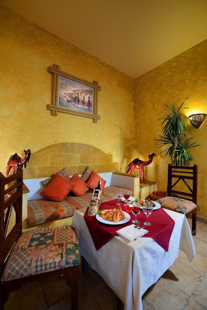 트로피텔 다하브 오아시스 리조트(Tropitel Dahab Oasis Resort) Hotel Image 15 - Restaurant