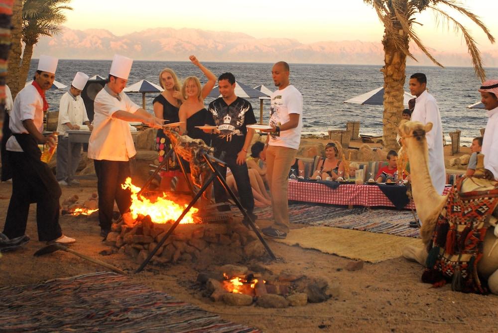 트로피텔 다하브 오아시스 리조트(Tropitel Dahab Oasis Resort) Hotel Image 13 - Dining