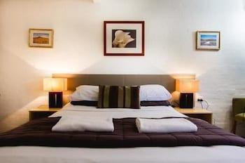 Guestroom at Horizons Motel in Mermaid Beach