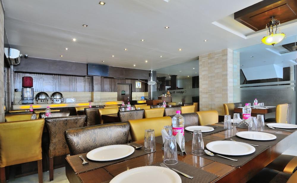 호텔 더 라즈, 뉴 델리(Hotel The Raj, New Delhi) Hotel Image 26 - Restaurant
