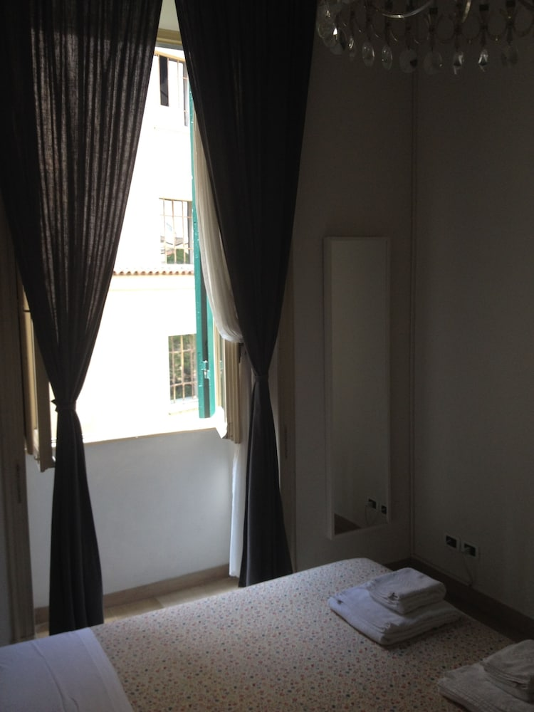 콜라지오네 알 바티카노(Colazione Al Vaticano) Hotel Image 11 - Guestroom