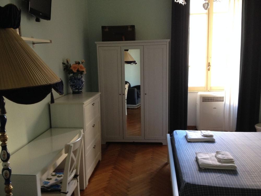 콜라지오네 알 바티카노(Colazione Al Vaticano) Hotel Image 19 - Living Area