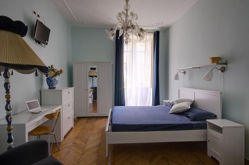 콜라지오네 알 바티카노(Colazione Al Vaticano) Hotel Image 3 - Guestroom