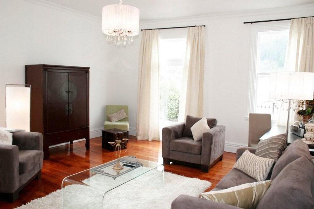 이스케이프 투 픽턴(Escape To Picton) Hotel Image 5 - Guestroom