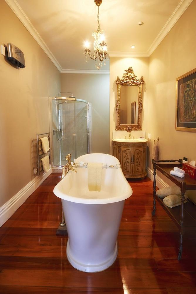 이스케이프 투 픽턴(Escape To Picton) Hotel Image 19 - Bathroom