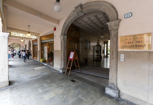 __{offers.Best_flights}__ Hotel Casa del Pellegrino