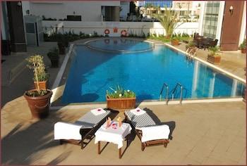 아파트 호텔 파운티 비치(Appart Hotel Founty Beach) Hotel Image 11 - Outdoor Pool