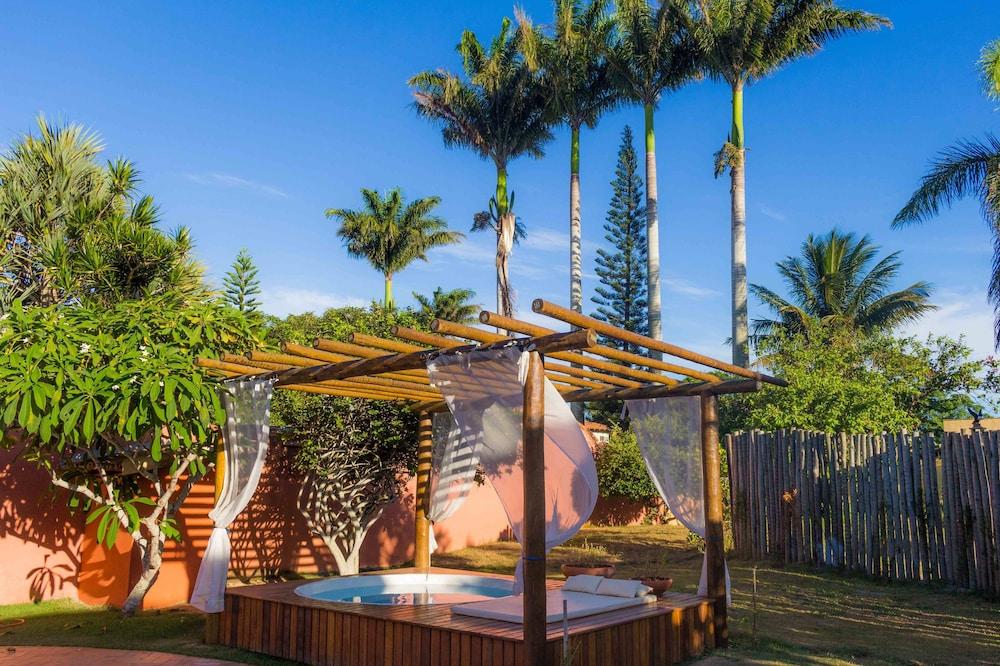 포우사다 사블레 도르(Pousada Sable D'or) Hotel Image 52 - Outdoor Spa Tub