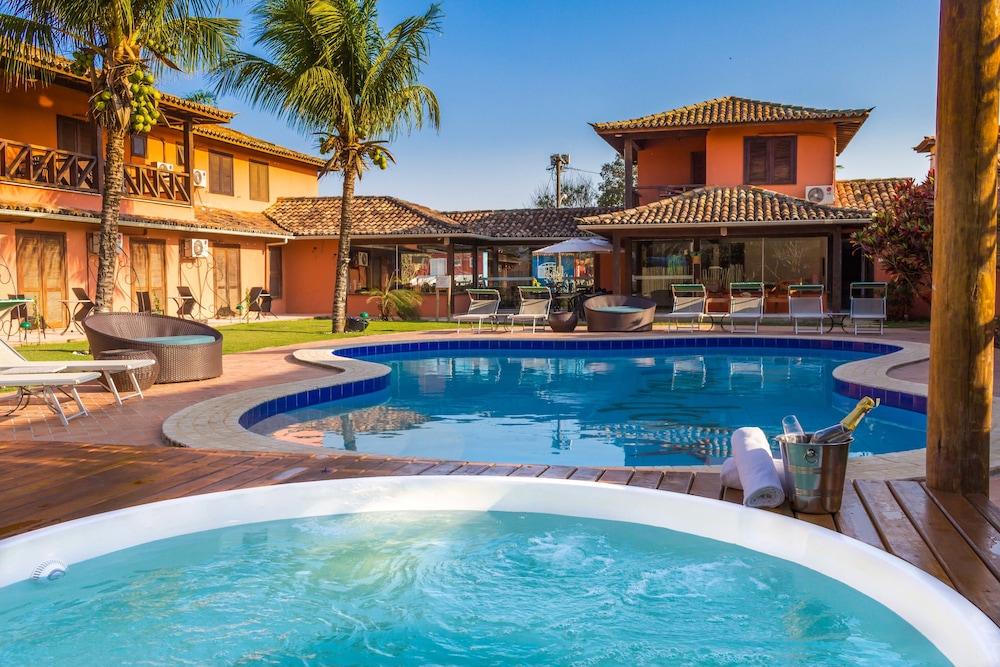 포우사다 사블레 도르(Pousada Sable D'or) Hotel Image 53 - Outdoor Spa Tub