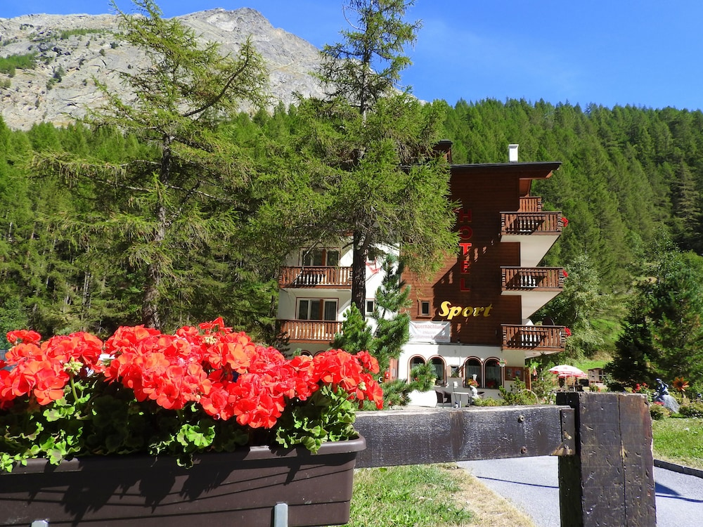 호텔 스포츠(Hotel Sport) Hotel Image 51 - Property Grounds