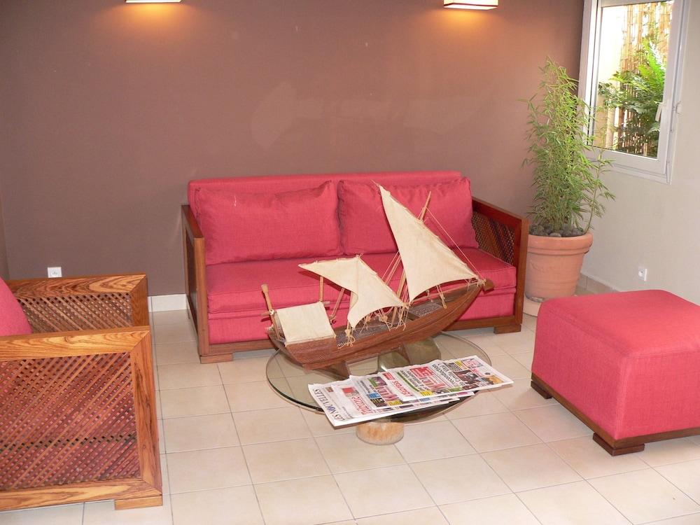 라 레지던스 뒤 로바(La Residence du Rova) Hotel Image 8 - Lobby Lounge