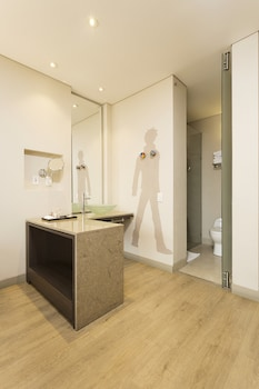 Mercure Bogota BH Zona Financiera - Bathroom  - #0