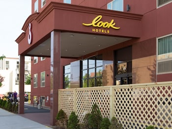 Hotel - The LOOK Hotel,Red Hook, an Ascend Hotel Collection Member