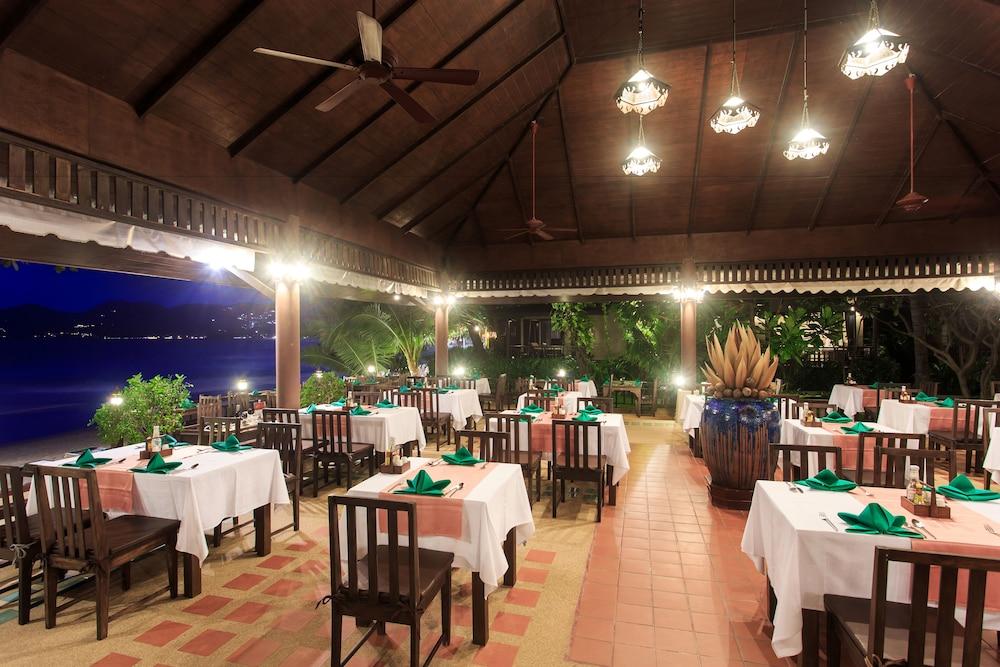 반 차웽 비치 리조트 & 스파(Baan Chaweng Beach Resort & Spa) Hotel Image 62 - Restaurant