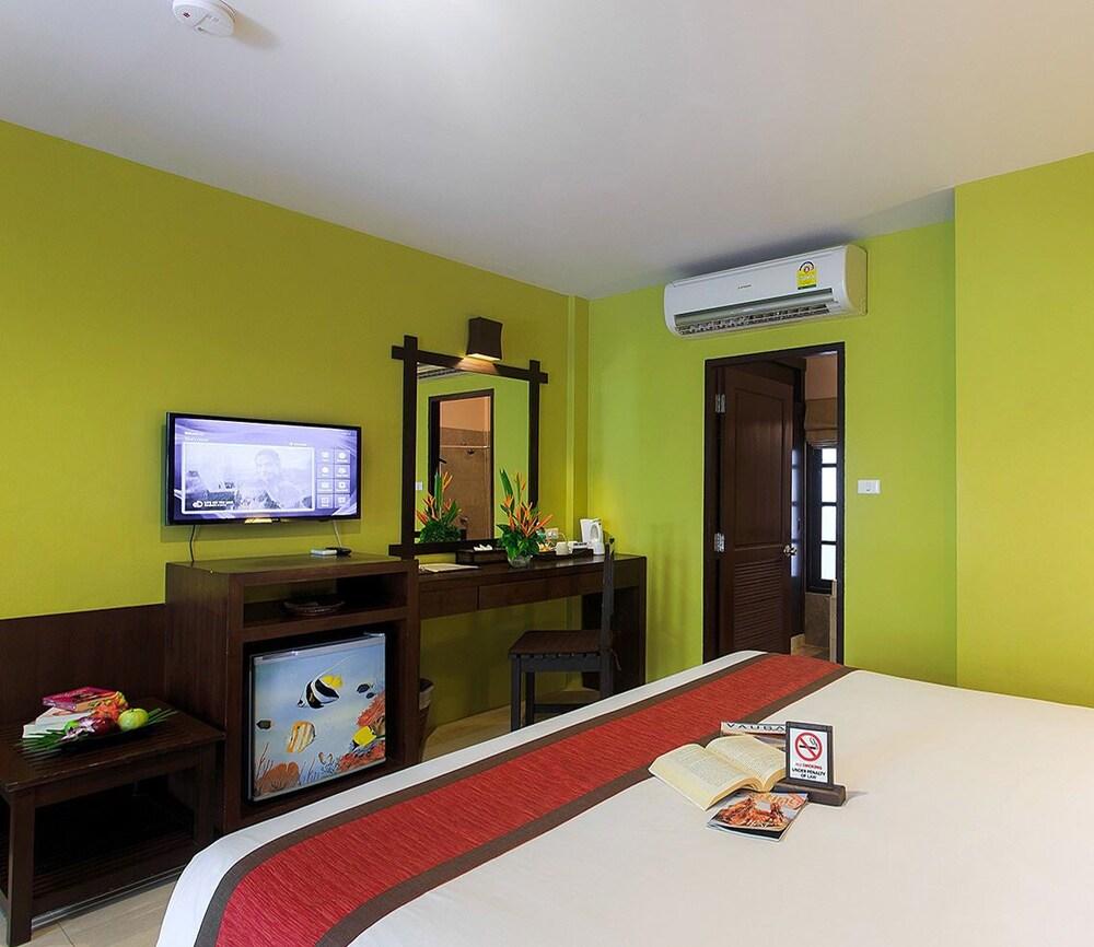 반 차웽 비치 리조트 & 스파(Baan Chaweng Beach Resort & Spa) Hotel Image 21 - Guestroom