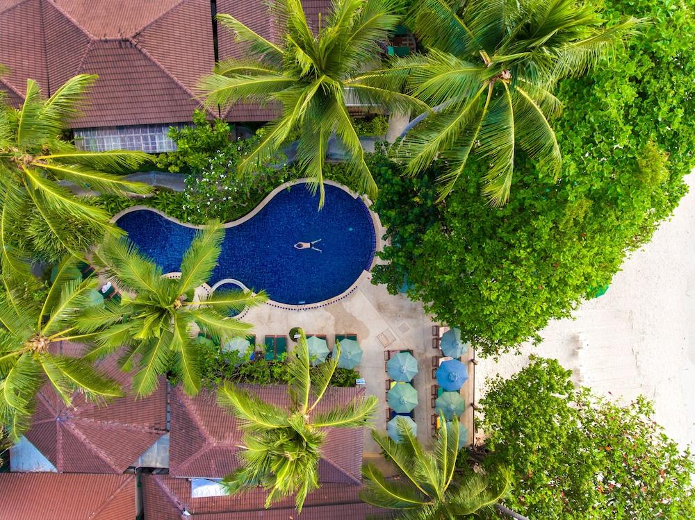 반 차웽 비치 리조트 & 스파(Baan Chaweng Beach Resort & Spa) Hotel Image 4 - Pool