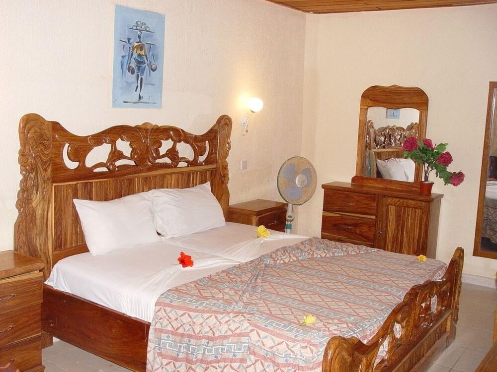 바달라 파크 호텔(Badala Park Hotel) Hotel Image 4 - Guestroom