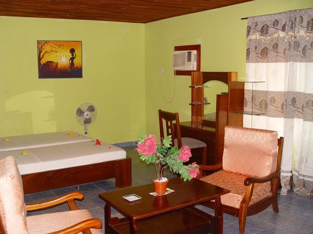 바달라 파크 호텔(Badala Park Hotel) Hotel Image 5 - Guestroom