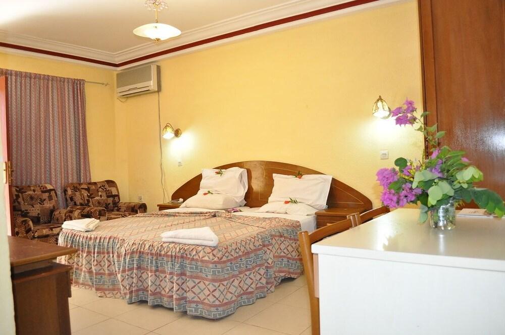바달라 파크 호텔(Badala Park Hotel) Hotel Image 6 - Guestroom