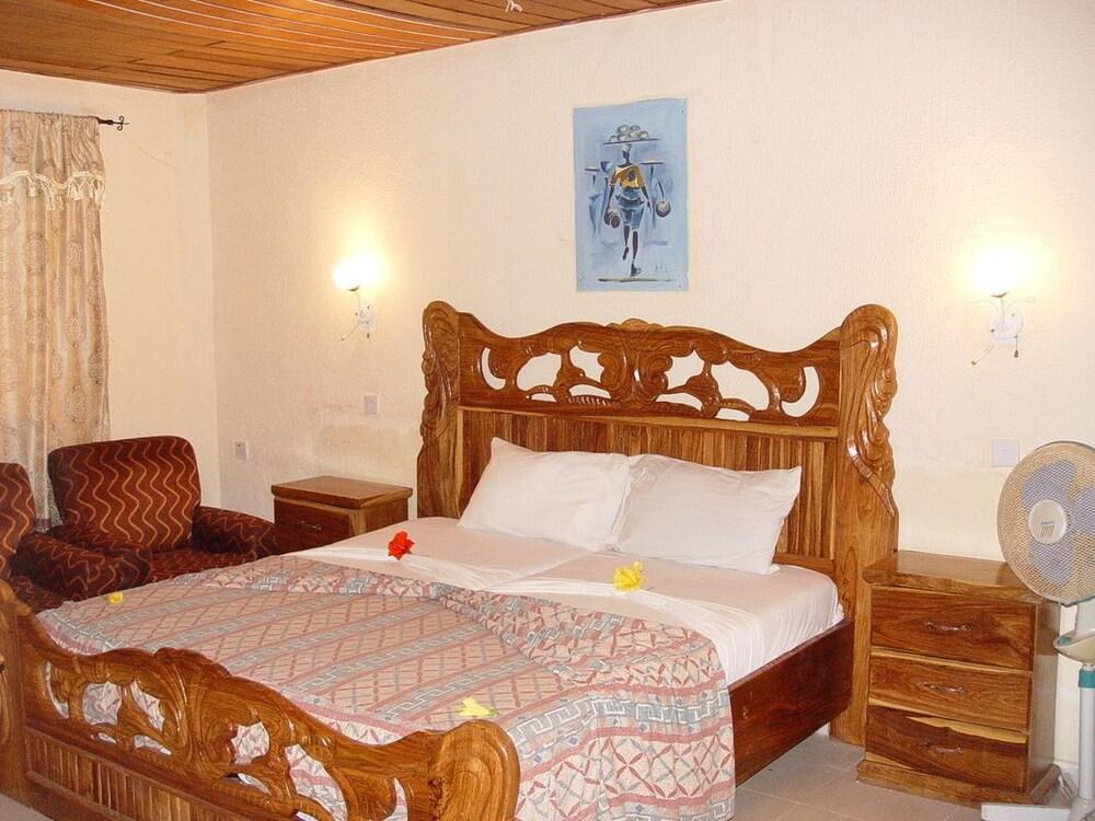바달라 파크 호텔(Badala Park Hotel) Hotel Image 8 - Guestroom