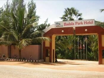 바달라 파크 호텔(Badala Park Hotel) Hotel Image 15 - Hotel Entrance